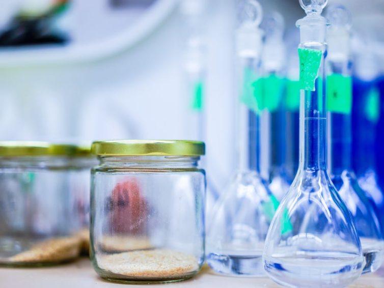 Przemysł chemiczny – czym jest?